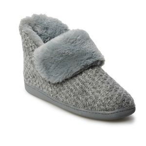 Sonoma Sweater Bootie Slippers